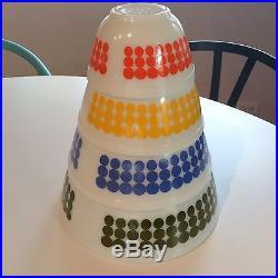 Beautiful Vintage Mid-Century Pyrex Dot Bowls, Complete Set