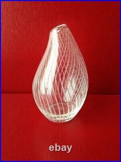 Excellent Mid-Century Modern signed Tapio Wirkkala Ittala Glass Vase