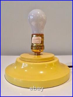 Haeger Potteries Mid-Century Modern Glass & Wood Lamp w Original Label