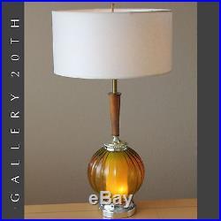 LIGHT UP BASE MID CENTURY MODERN ATOMIC TABLE LAMP! Amber Glass Vtg 50s 60s