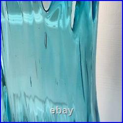 L E Smith Art Glass 24 Vase Blue Turquoise Swung Stretch Retro Mid Century Mod