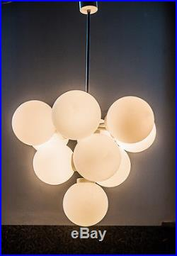 MID CENTURY LAMP 1970s WHITE SPUTNIK CLUSTER 10 LIGHT WHITE OPAL GLASS GLOBE