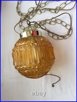Mid Century Hanging Lamp Swag Light Glass Globe Retro Pendant Vntg Chain Amber