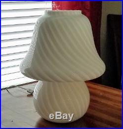 Mid Century Modern Vetri Murano White Swirl Glass One Piece Mushroom Table Lamp