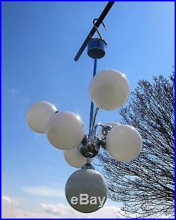 Mid Century Modernist Sputnik Chandelier 7 Opal Glass balls era Richard Essig