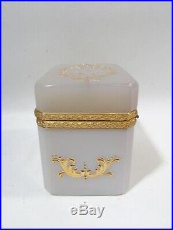 Midcentury Fratelli Ferro Opaline Italian Murano Gilded Glass Dresser Box Casket