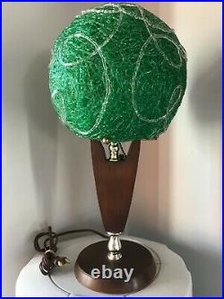 VTG MCM MID CENTURY SPAGHETTI LUCITE GREEN SHADE TEAK TABLE LAMP 1960s