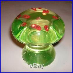 Vintage Mid Century Large Vaseline Uranium Glass Mushroom Paperweight