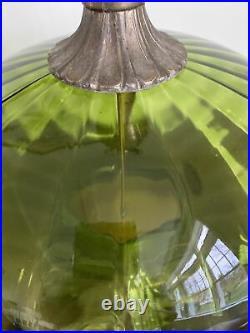 Vtg Mid Century Hollywood Regency Emerald Green Glass Metal Lamp